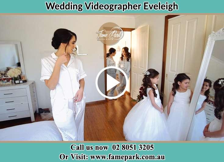Bride getting ready Eveleigh NSW 2015